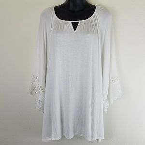 NWT Cato Lace Sleeve, Ivory Breeze Top 22/24